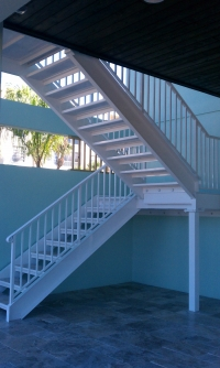 Traditional Aluminum Straight Stairs